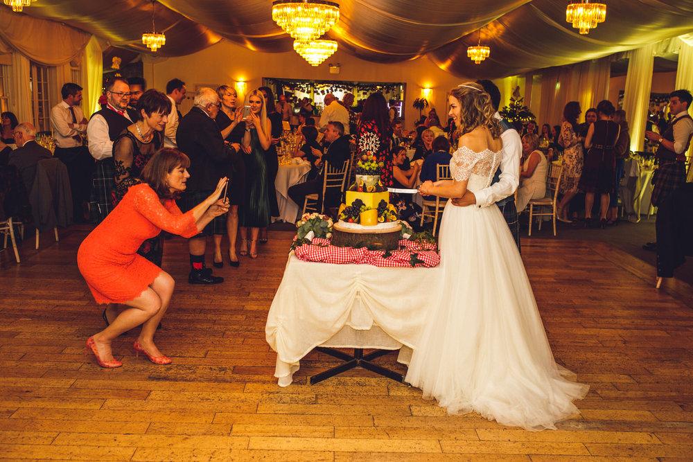wicklow-wedding-photographer-roger-kenny-rathsallagh-house_180.jpg
