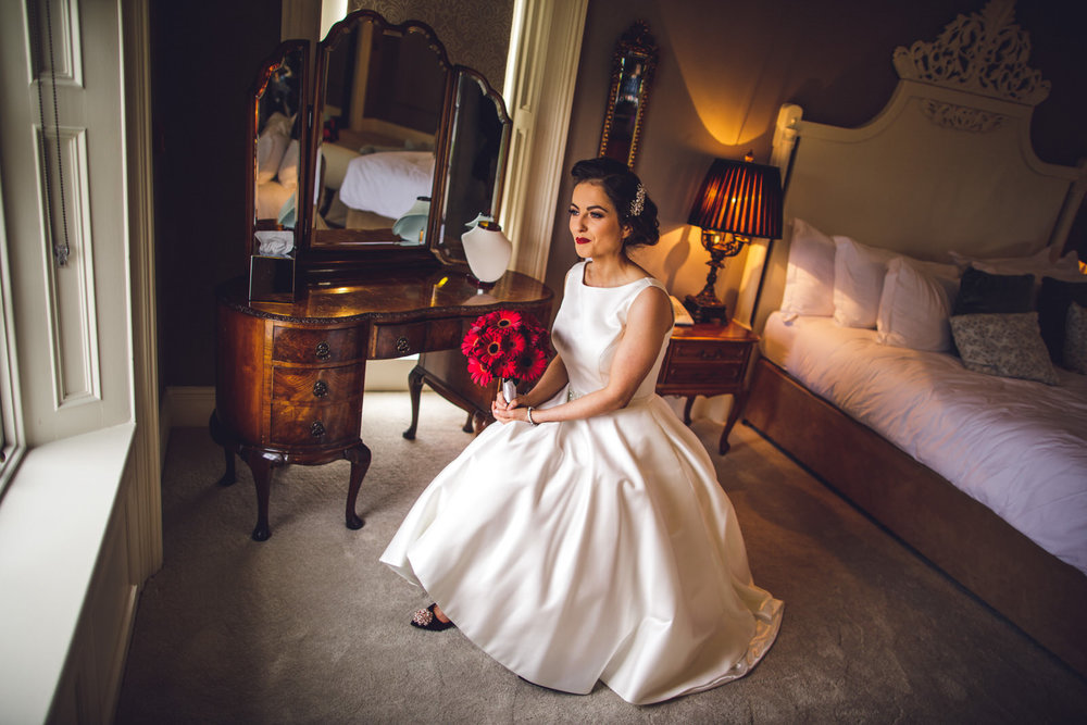 wicklow-wedding-photographer-roger-kenny-portrait-room-clonabreaney-house_028.jpg