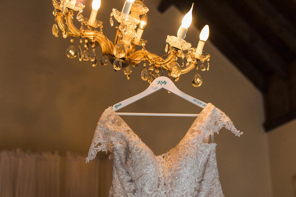 Portrait-room-wedding-photgorapher-roger-kenny-ballybeg-house-001.jpg