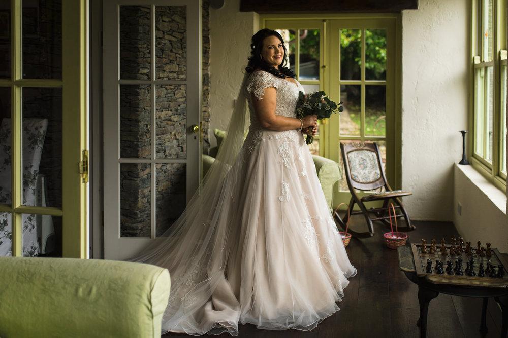 Portrait-room-wedding-photgorapher-roger-kenny-ballybeg-house-014.jpg