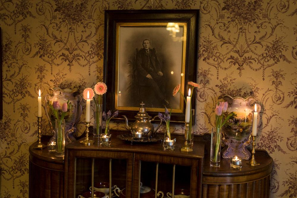Portrait-room-wedding-photgorapher-roger-kenny-ballybeg-house-063.jpg