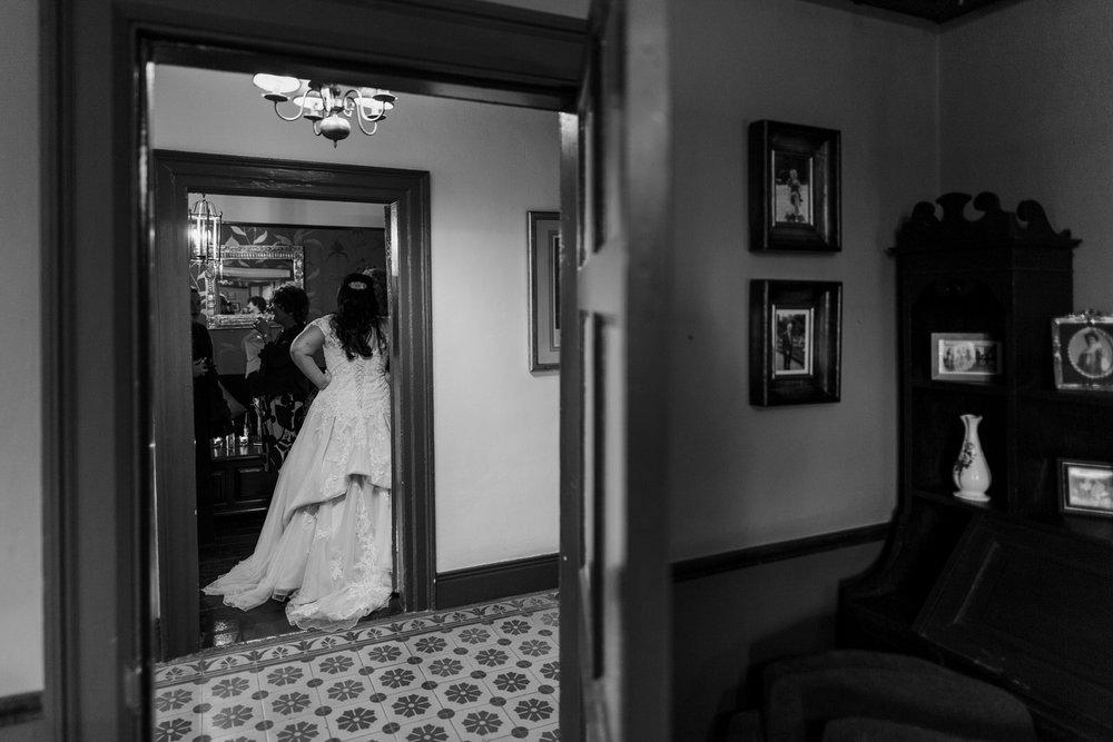 Portrait-room-wedding-photgorapher-roger-kenny-ballybeg-house-102.jpg