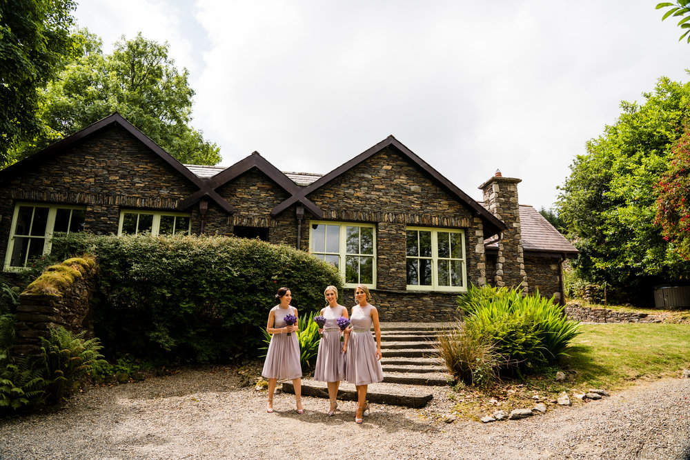 Ballybeg_wedding_photographer_roger_kenny_portrait-room_Ireland_028.jpg
