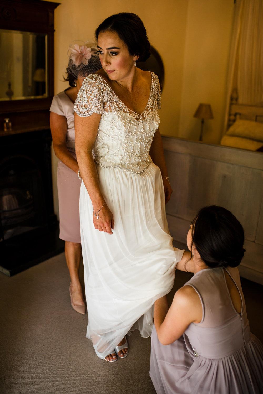 Ballybeg_wedding_photographer_roger_kenny_portrait-room_Ireland_034.jpg