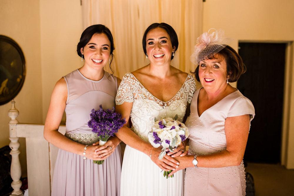 Ballybeg_wedding_photographer_roger_kenny_portrait-room_Ireland_036.jpg