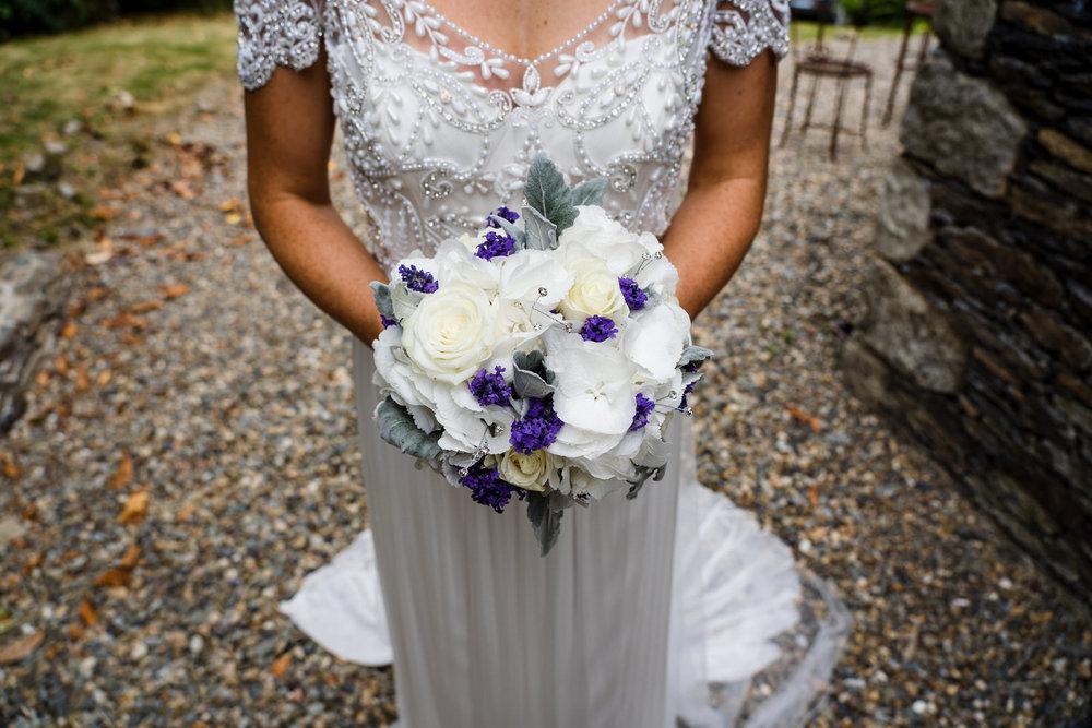 Ballybeg_wedding_photographer_roger_kenny_portrait-room_Ireland_040.jpg