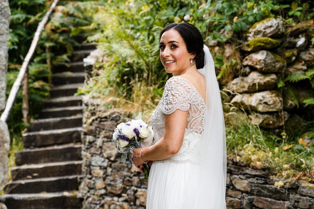 Ballybeg_wedding_photographer_roger_kenny_portrait-room_Ireland_041.jpg