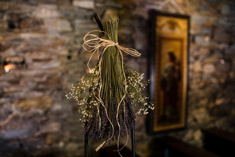 Ballybeg_wedding_photographer_roger_kenny_portrait-room_Ireland_051.jpg