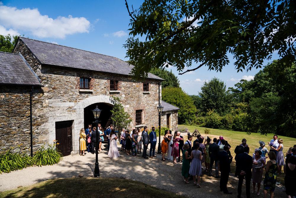 Ballybeg_wedding_photographer_roger_kenny_portrait-room_Ireland_072.jpg