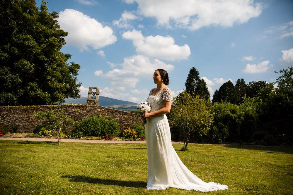 Ballybeg_wedding_photographer_roger_kenny_portrait-room_Ireland_092.jpg