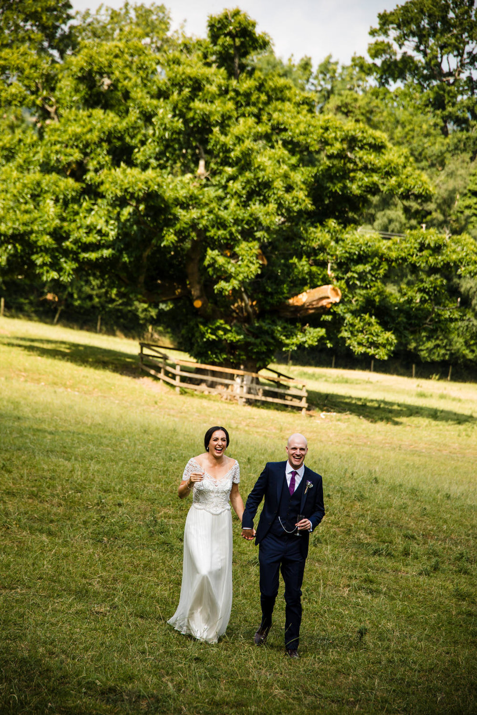 Ballybeg_wedding_photographer_roger_kenny_portrait-room_Ireland_102.jpg