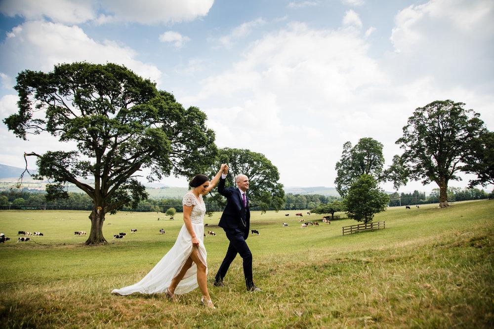 Ballybeg_wedding_photographer_roger_kenny_portrait-room_Ireland_105.jpg