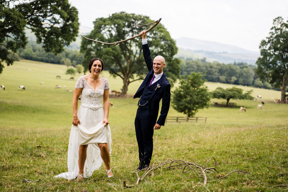 Ballybeg_wedding_photographer_roger_kenny_portrait-room_Ireland_109.jpg