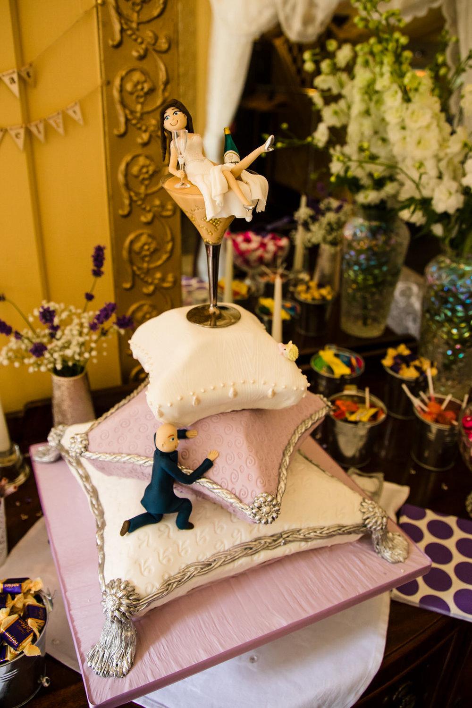 Ballybeg_wedding_photographer_roger_kenny_portrait-room_Ireland_111.jpg