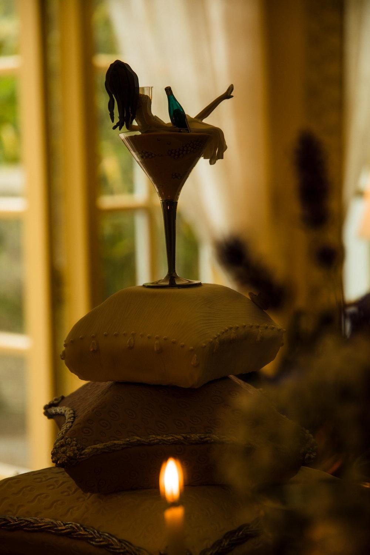 Ballybeg_wedding_photographer_roger_kenny_portrait-room_Ireland_136.jpg