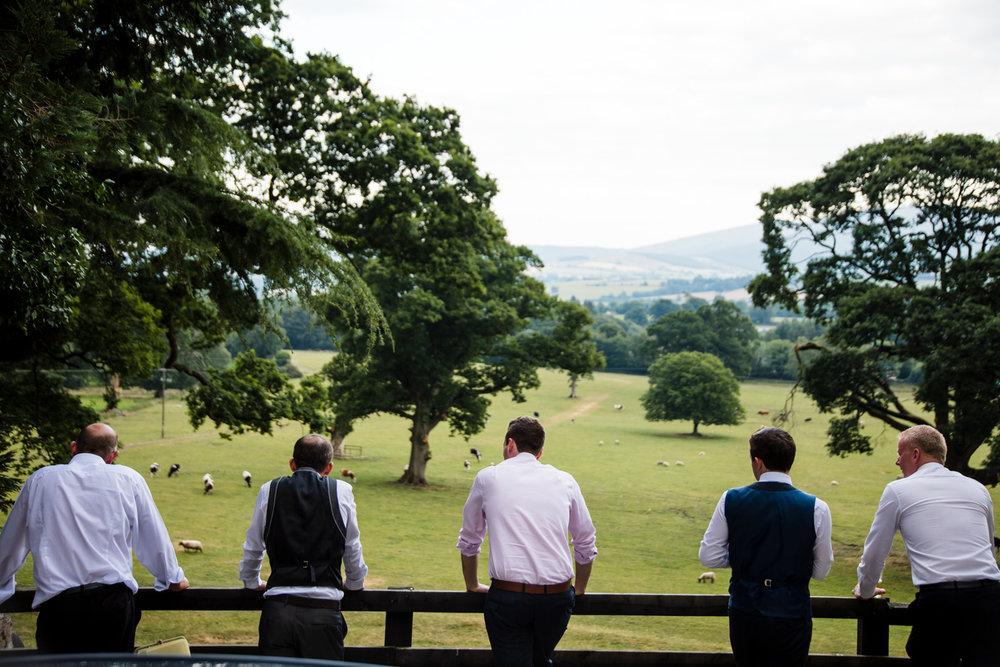 Ballybeg_wedding_photographer_roger_kenny_portrait-room_Ireland_151.jpg