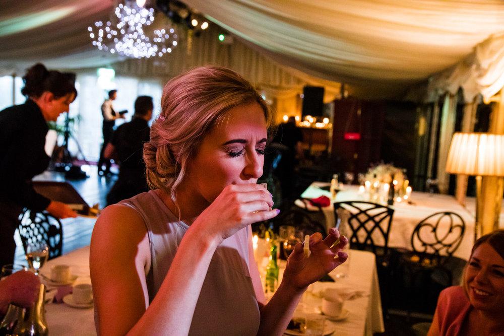 Ballybeg_wedding_photographer_roger_kenny_portrait-room_Ireland_153.jpg