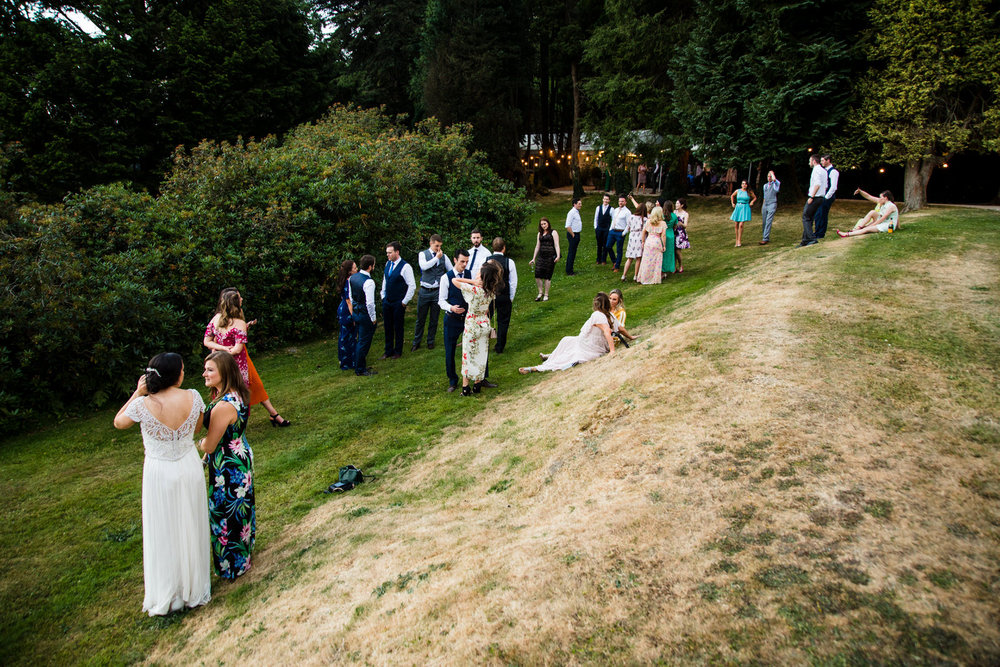 Ballybeg_wedding_photographer_roger_kenny_portrait-room_Ireland_152.jpg