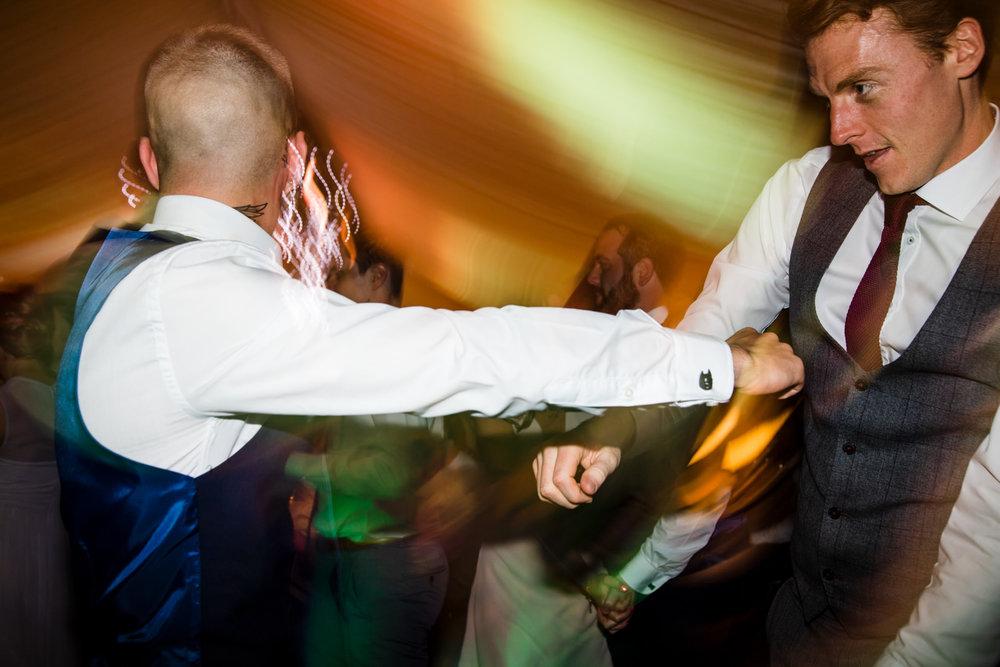 Ballybeg_wedding_photographer_roger_kenny_portrait-room_Ireland_165.jpg