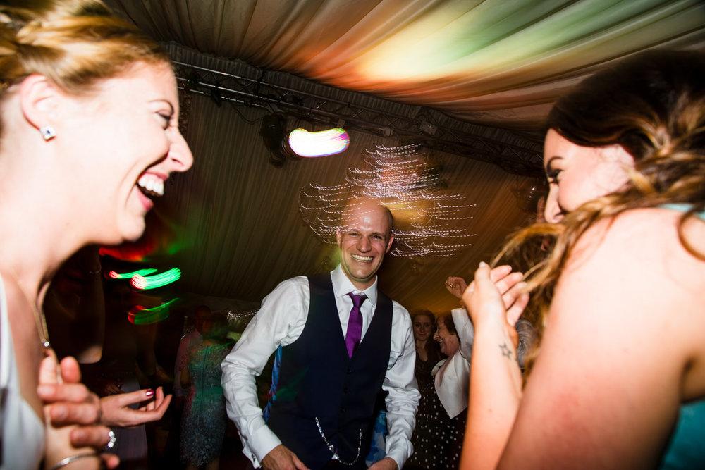 Ballybeg_wedding_photographer_roger_kenny_portrait-room_Ireland_172.jpg