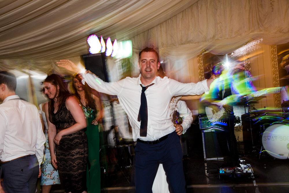 Ballybeg_wedding_photographer_roger_kenny_portrait-room_Ireland_176.jpg