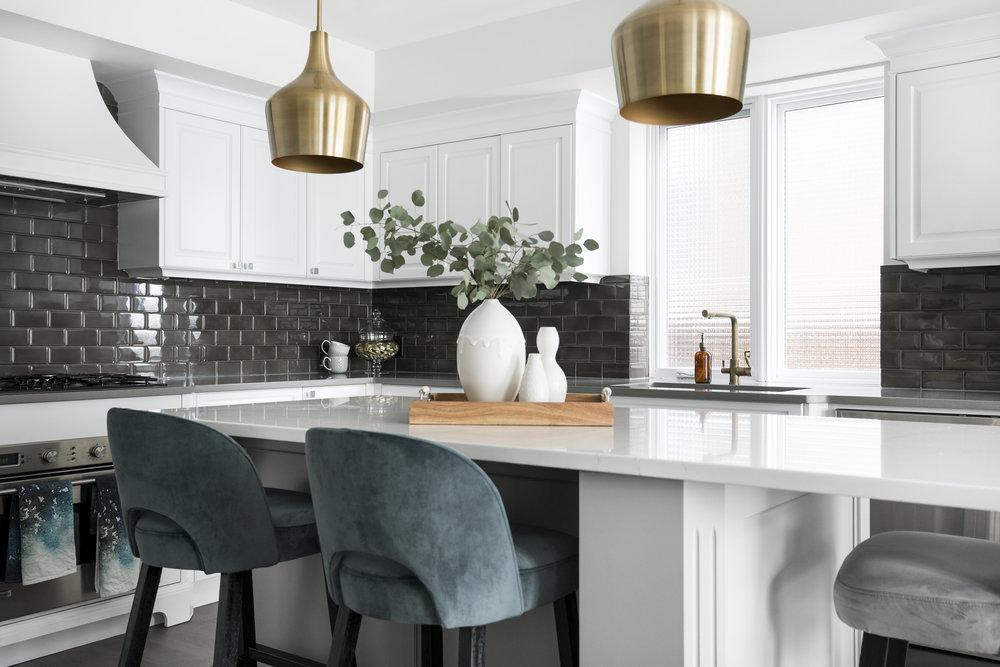 MJAY Photography - Gioia Interiors - Memorial Drive Condo Kitchen
