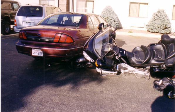 Car vs. Goldwing