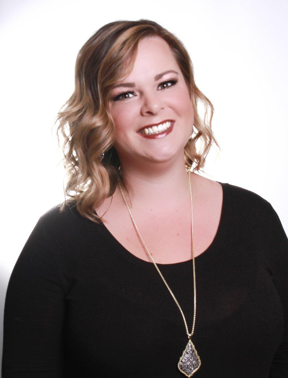 Lauren - Designer
