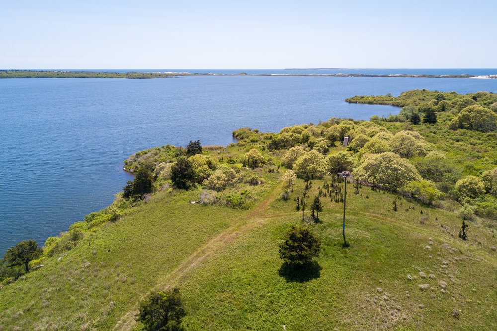 1 Red Gate Farm Road, Aquinnah