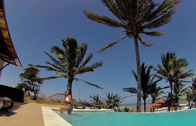 #MientrasTantoEnAndromedaPedasi: lo único que debes hacer para gozarte el verano como el sol manda es dar unos pasos fuera de tu casa. ¿Te tienta la idea? Contáctanos y conviértete en dueño 😎 #LiveInPedasi 🌴 #SummerIsHere 🍉 #VisitPanama 🍹.