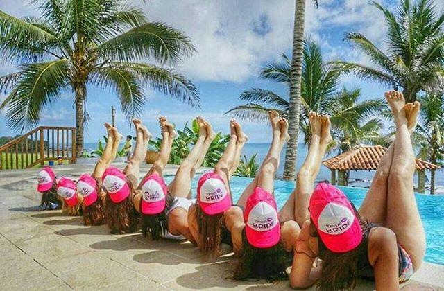 ¿Plan perfecto para un evento? ¡Sí! En #AdromedaPedasi es posible, ellas lo saben »»» #TeamBride 👰. Alquila nuestro club de playa o propiedades para realizar tus eventos: 995-2466. #Fun #pool #beach.