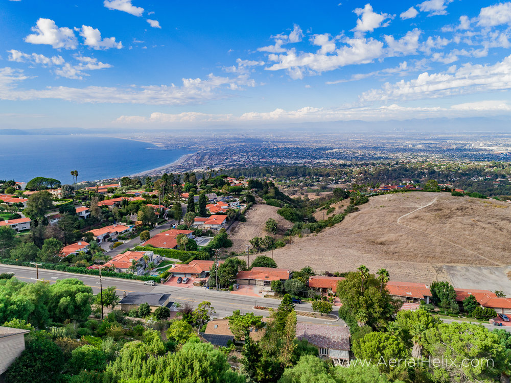 Woodfern Drive - HELIX Real Estate Aerial Photographer-17.jpg