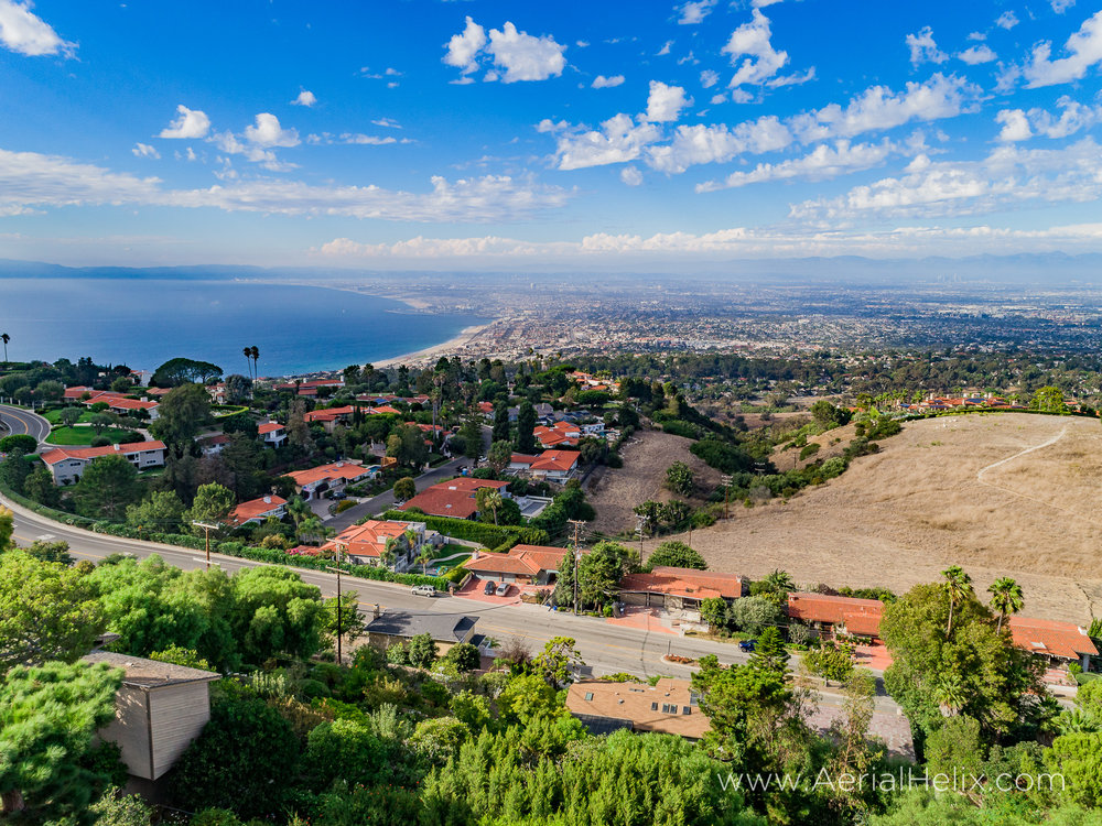 Woodfern Drive - HELIX Real Estate Aerial Photographer-18.jpg