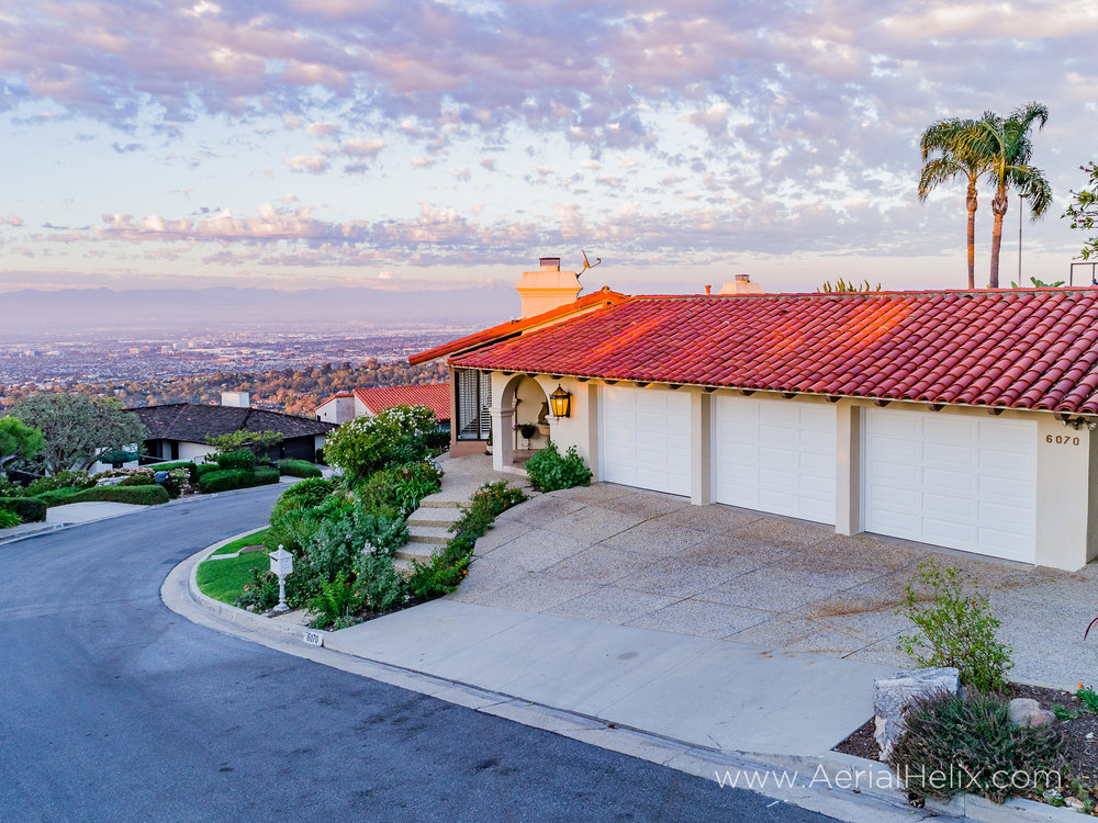 Woodfern Drive - HELIX Real Estate Aerial Photographer-25.jpg