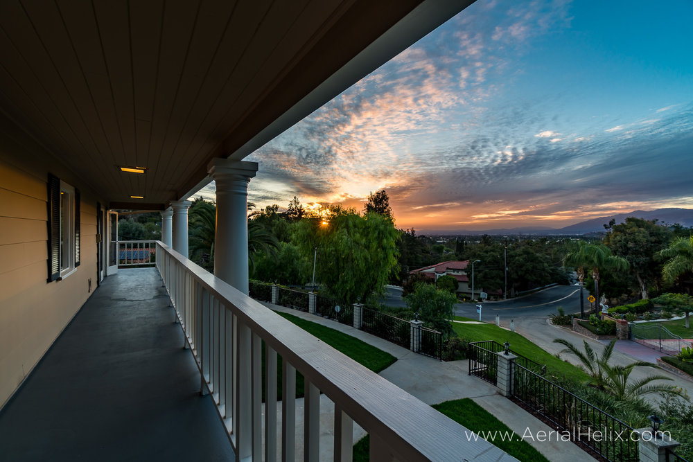 Walnut Ave Twilight - Real estate photographer-1.jpg