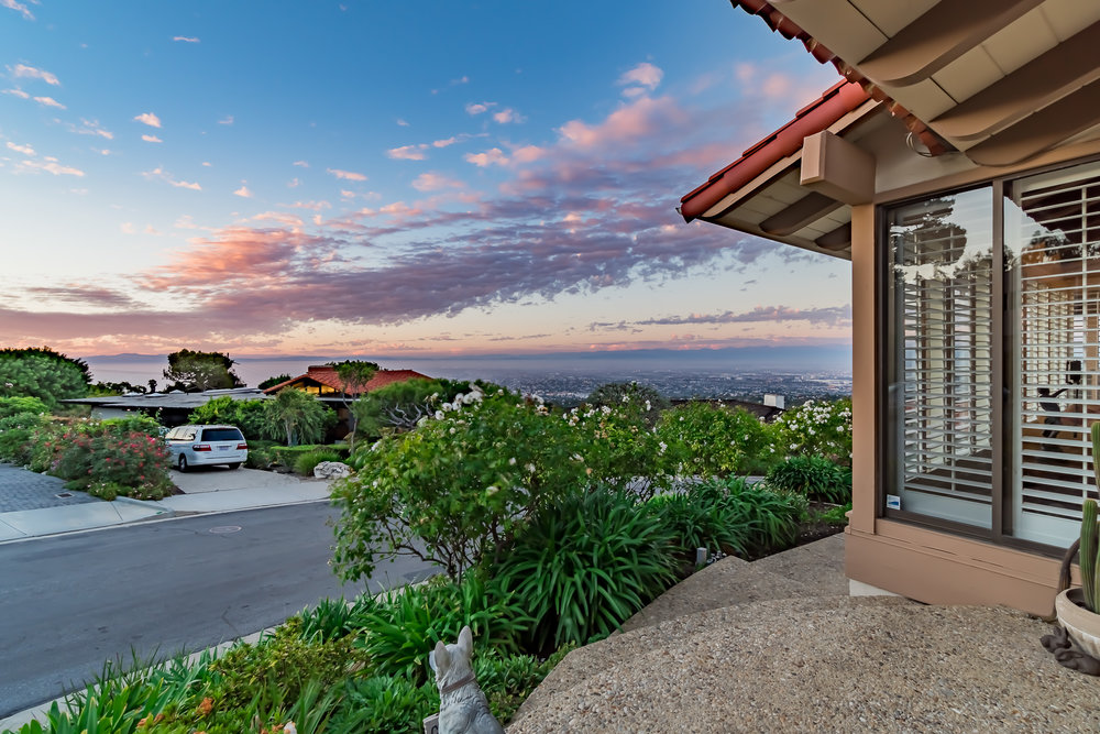 Woodfern Drive Ground- HELIX Real Estate Aerial Photographer-35.jpg