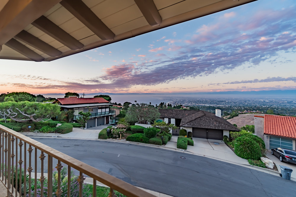 Woodfern Drive Ground- HELIX Real Estate Aerial Photographer-37.jpg