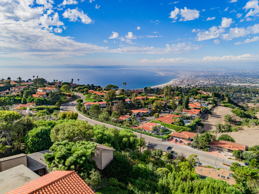 Woodfern Drive - HELIX Real Estate Aerial Photographer-19.jpg