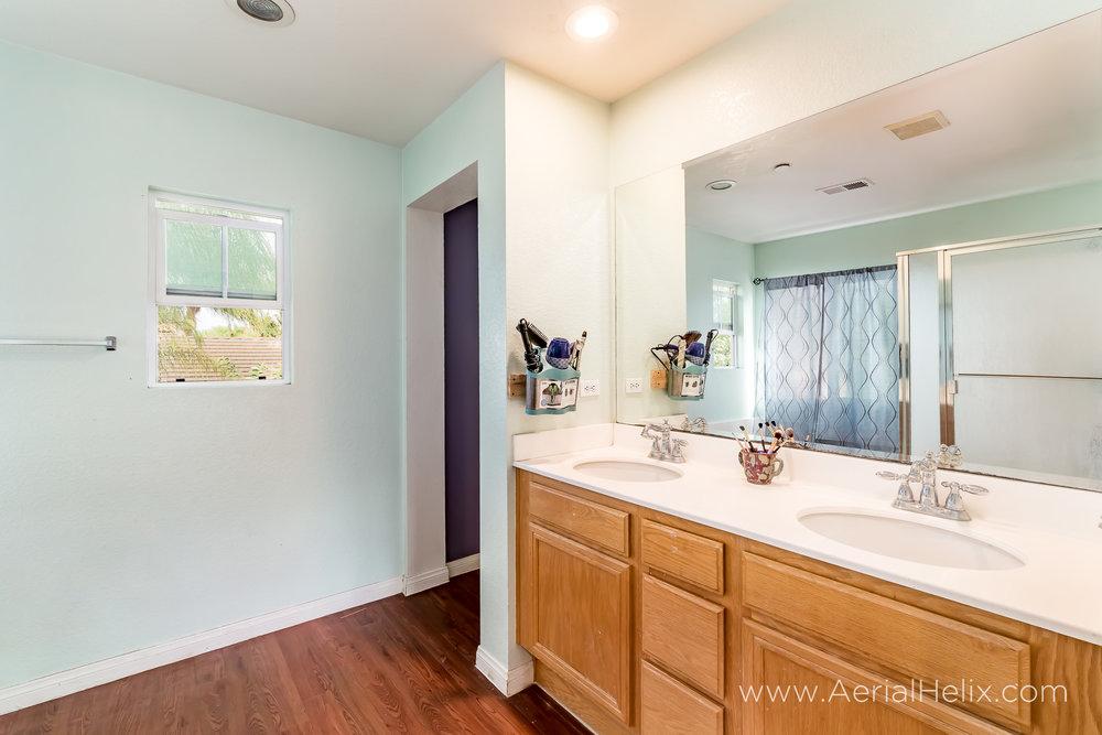 Carmen Court- Real Estate Photographer-16.jpg