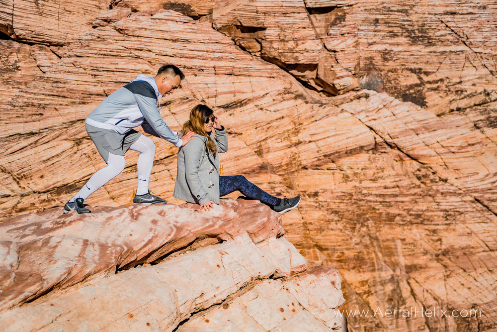 Tony and Katie Red Rock-10.jpg