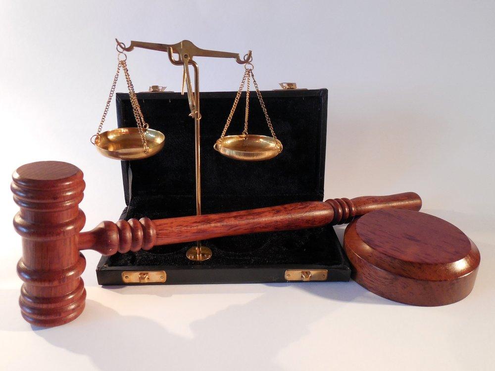 治安、法律 -