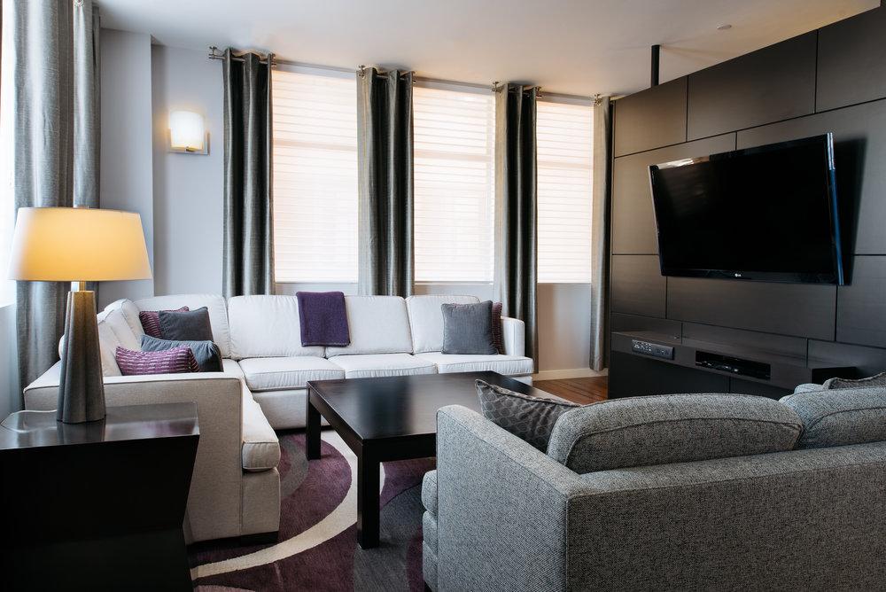 Plaza Suite-031.jpg