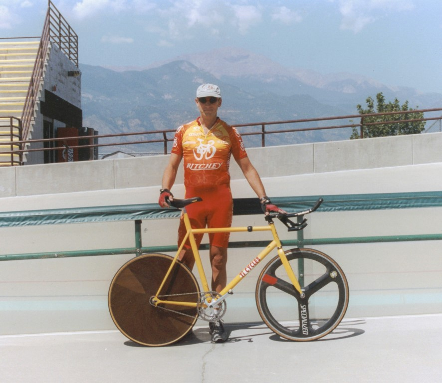 Alistair Lockett at Master Nats, Colorado Springs 2002.jpg