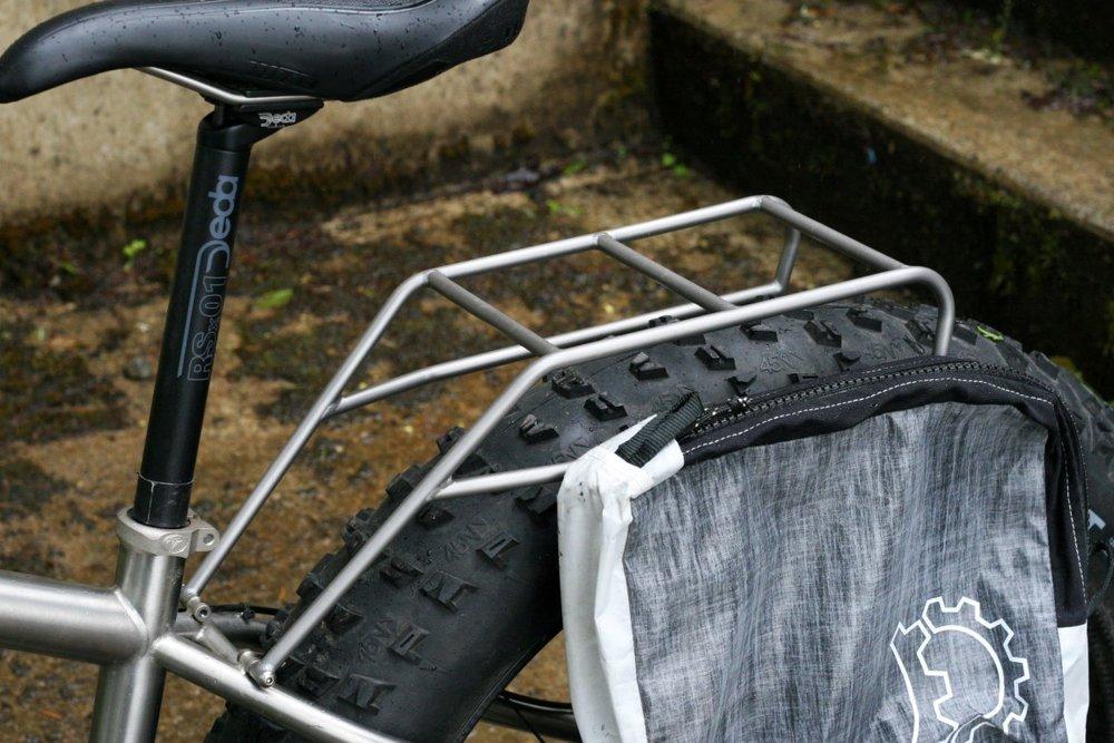 TCF-hardware-rack-rear-fatbike-titanium-Seven (6).JPG