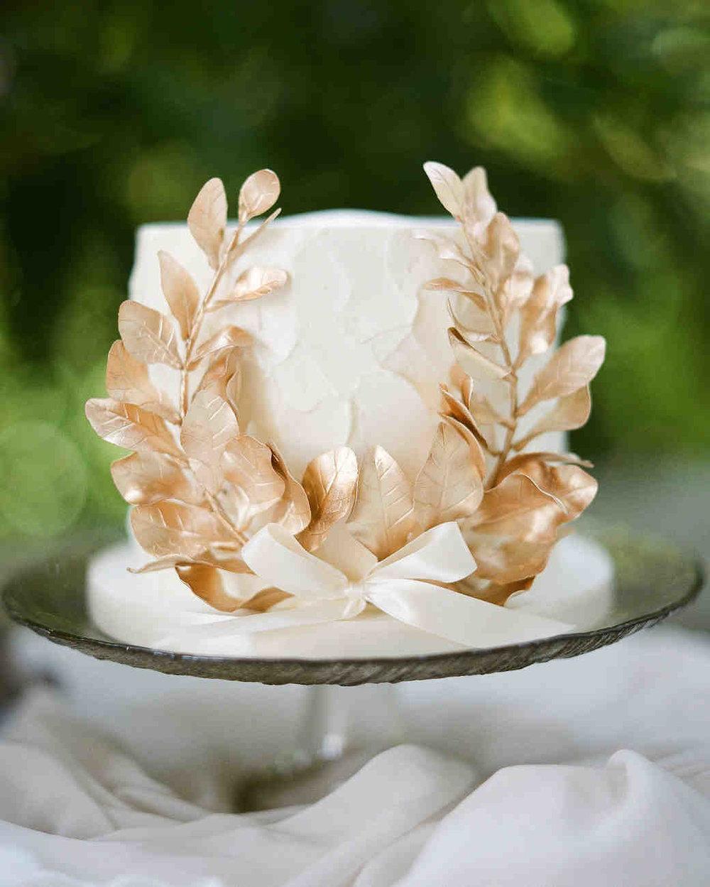 gloria-zee-wedding-cake-f0182-6482616-0318_vert.jpg