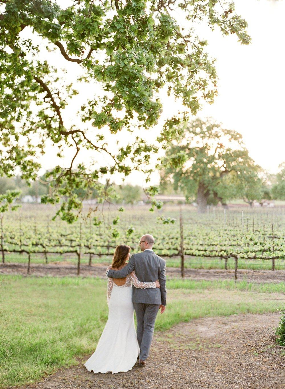 49_sunset-portraits-bride-groom-wedding.jpg