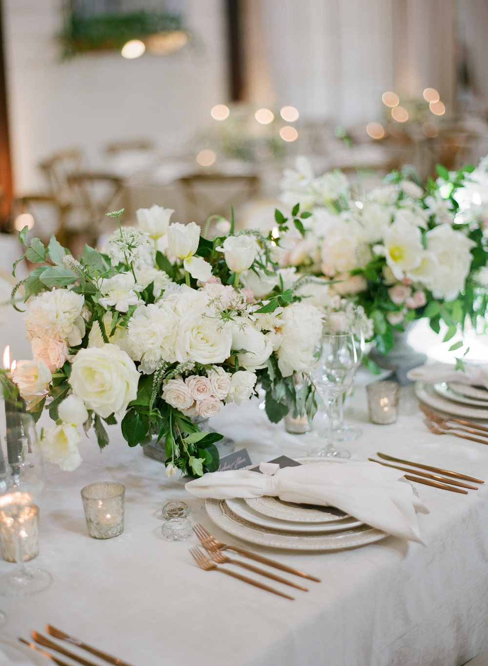 white-centerpiece-1.jpg