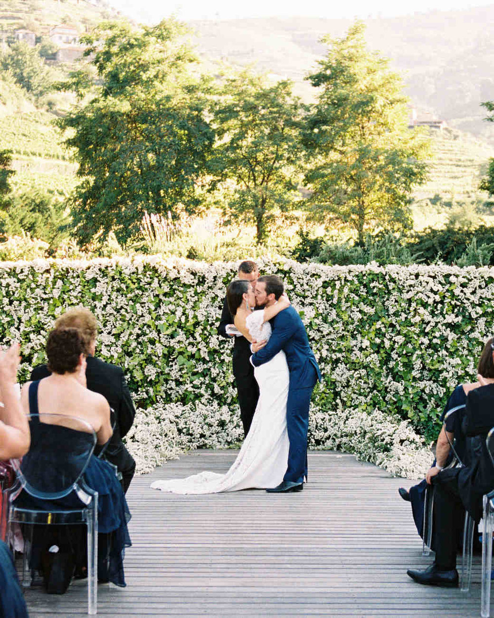 jeannette-taylor-wedding-portugal-ceremony-103118057_vert.jpg