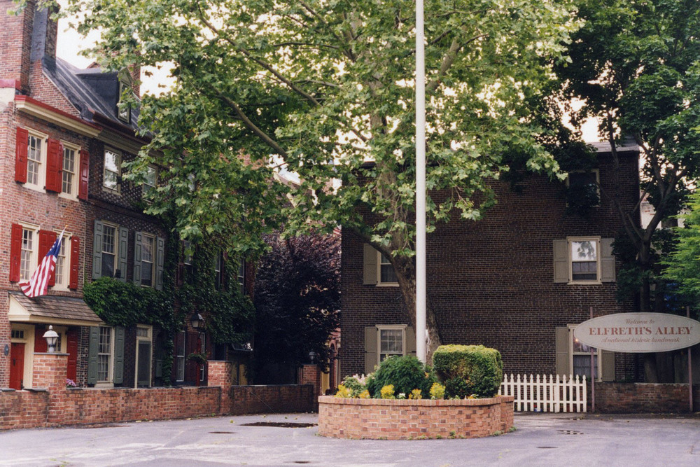 Flagpole Park, 1998