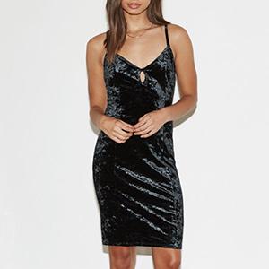 s05 - Dress.jpg